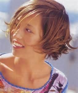 modele coupe cheveux court modèle coupe de cheveux courts