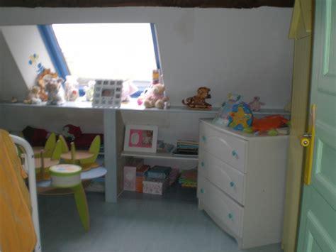 chambre bébé mansardée chambre bebe combles meilleures images d 39 inspiration