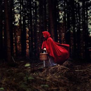 7 Treasured Fairy Tales With Dark and Violent Origins ...