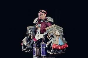 [Cosplay] League Of Legends - Vi by Lika-Lu on DeviantArt