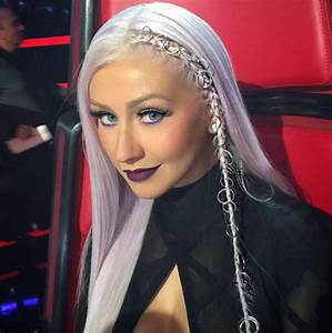 Christina Aguileras Purple Makeup On The Voice Rocks