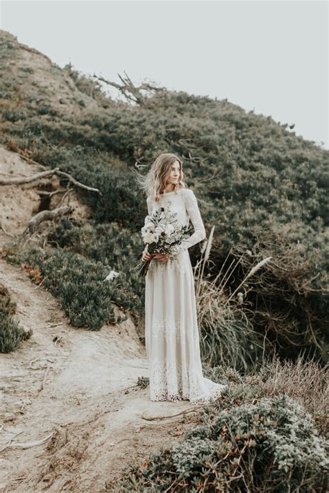 Lisa Backless Boho Lace Wedding Dress Dreamers And Lovers