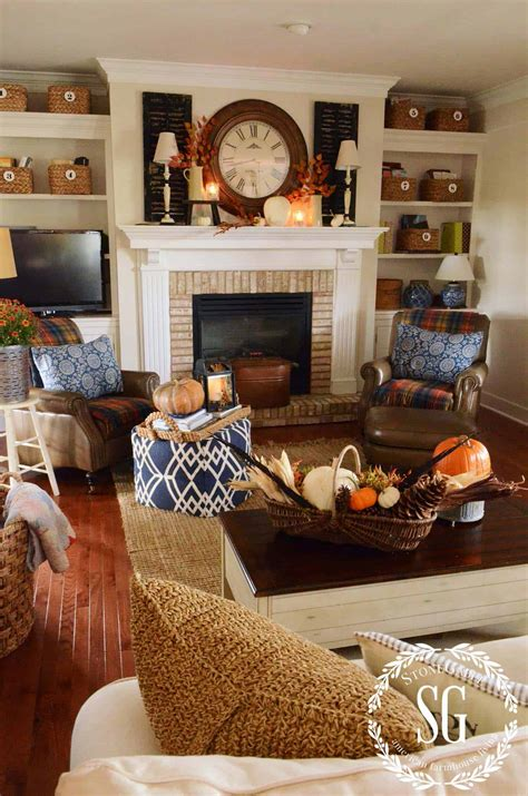 Fall Home Decor Ideas by 35 Gorgeous Fall Decorating Ideas To Transform Your Interiors