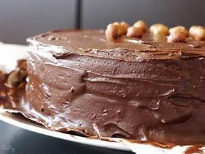 Décorer Un Gateau Au Chocolat : gateau anniversaire ganache chocolat arts culinaires magiques ~ Melissatoandfro.com Idées de Décoration