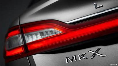 Lincoln Mkx Tail