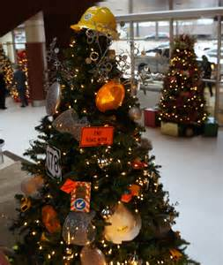 themed christmas tree greenville daily photo
