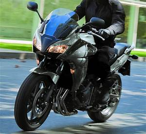 Honda Cbf 1000 F : honda cbf 1000 f 2012 fiche moto motoplanete ~ Medecine-chirurgie-esthetiques.com Avis de Voitures
