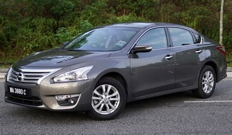 Review Nissan Teana by Review Nissan Teana 2 0 Xl The Calm And Contented