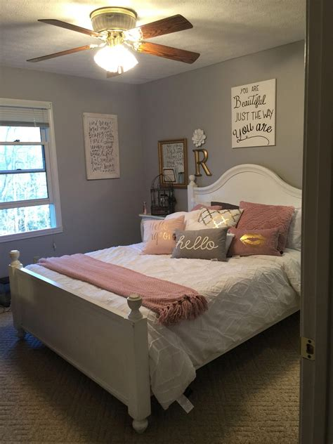 Do It Yourself Bedroom Decor by Warm Bedroom Styling Ideas 8876202484 Do It Yourself Notes