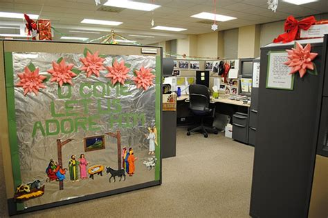 cubicle decoration ideas simple cubicle decorating ideas house design and office