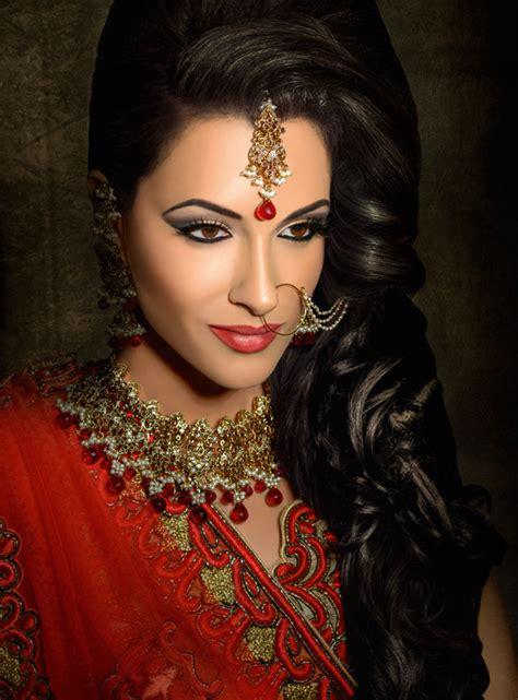 tazneem ghaffar khush mag asian wedding magazine