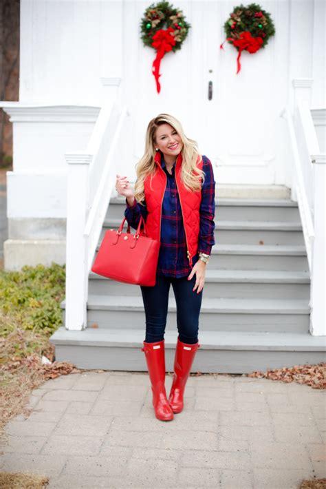 christmas outfit vest hunter outfits wear boots poppy tory spirit til damer beste burch party cute bloglovin tunic handbag plaid