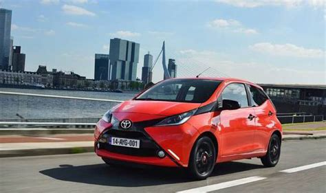 Video Toyota Aygo A Small City Car Can Still Be Very