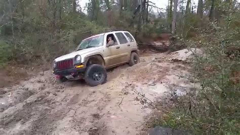 jeep commander vs jeep commander xk vs jeep liberty kj at torr youtube
