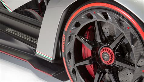 2014 Lamborghini Veneno Roadster- Review Price Engine