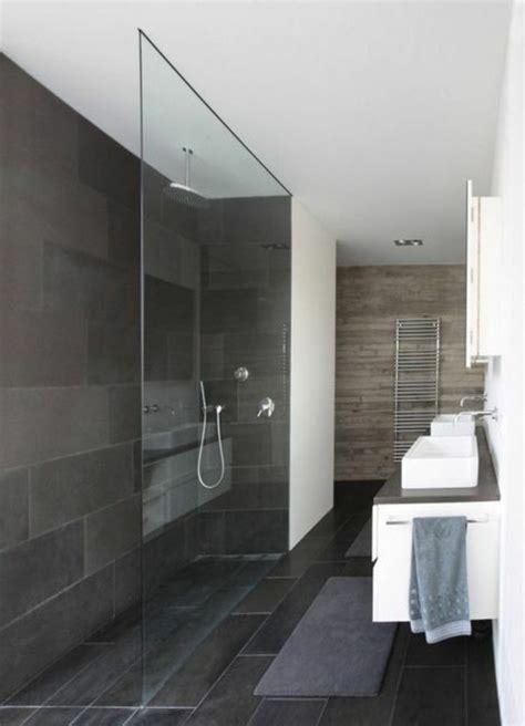 Kleines Badezimmer Mit Ebenerdiger Dusche by Die Besten 25 Schmales Badezimmer Ideen Auf