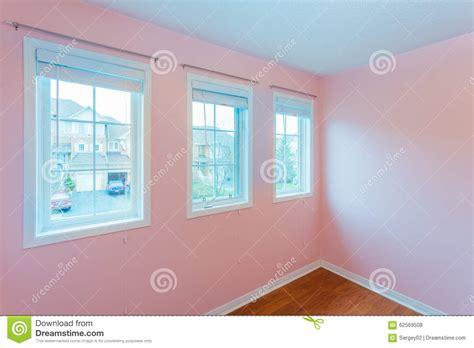 vide chambre chambre à coucher vide dans la couleur photo stock