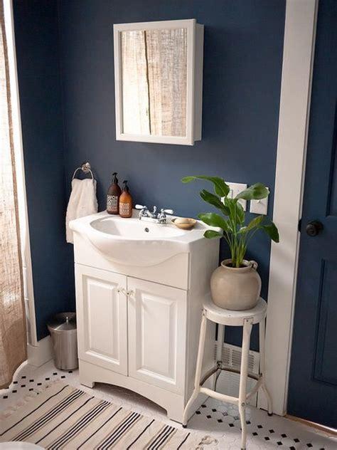 25+ Best Ideas About Dark Blue Bathrooms On Pinterest