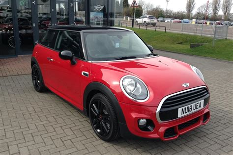 mini cooper pack chili used 2018 mini hatchback 1 5 cooper 3dr chili pack for