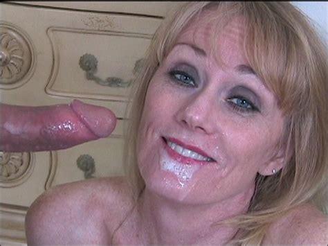 Wicked Sexy Melanie Bigeazy