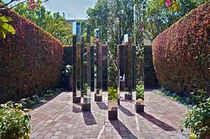 miroir de jardin comment l39utiliser pour une deco originale With trompe l oeil exterieur jardin 7 habiller les murs de son jardin