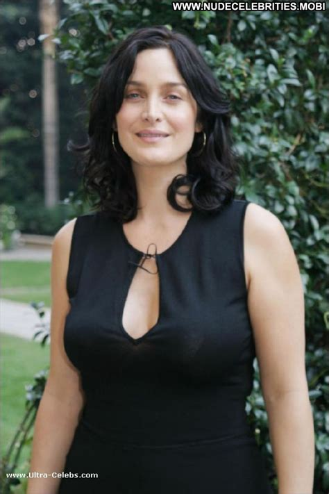Carrie Anne Moss No Source Celebrity Posing Hot Babe