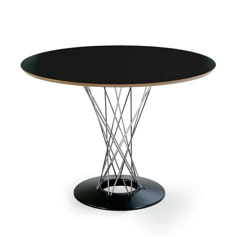 Isamu Noguchi dining table. Cyclone table. Design dining