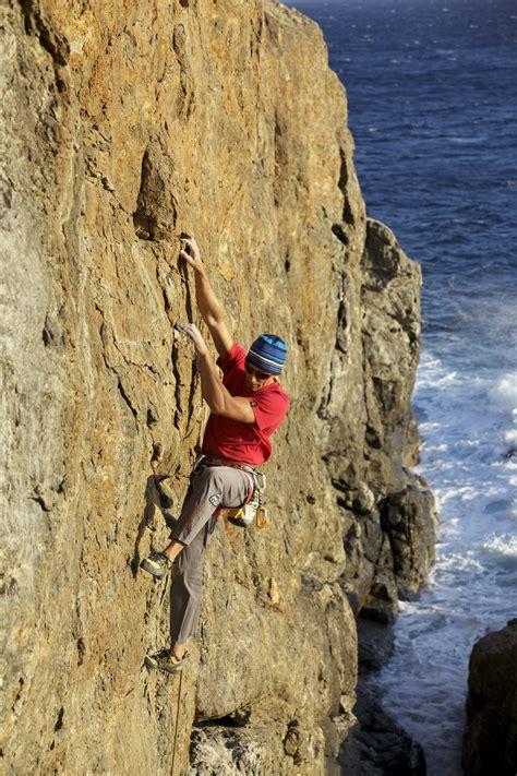 climbing   island  elba