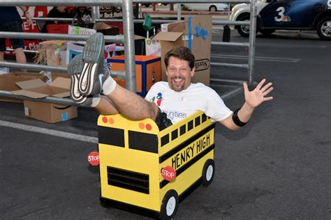 Cis Of Nevada Fills Nine Buses With School Supplies