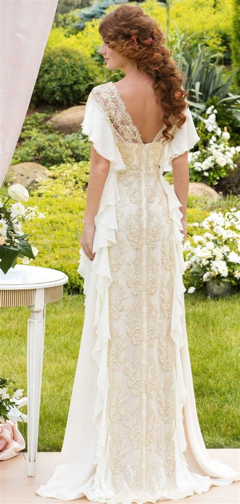 the great gatsby wedding dress 46 great gatsby inspired wedding dresses and accessories