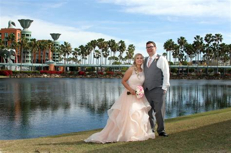 Wdw Swan And Dolphin Wedding