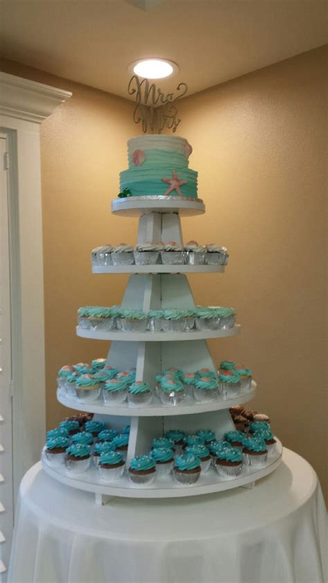 cupcakes cakes  simple