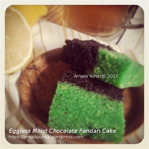 eggless moist chocolate pandan cake