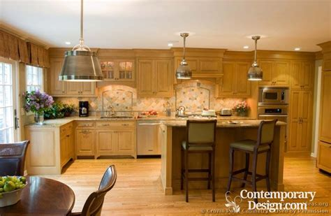 kitchen cabinets lighting ideas kitchens with light wood cabinets