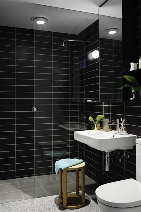 Schwarze Fliesen Bad by Badezimmer Schwarz Sind Szene Individueller Gestaltungsideen