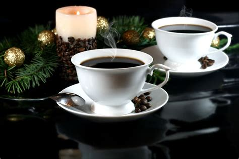 Holiday Coffee & Dessert Recipes: Warm Up Winter