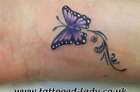 schmetterling handgelenk kleine schmetterlings ideen schmetterling tattoos handgelenk tattoos arm
