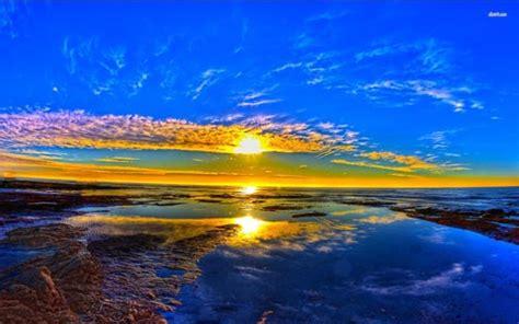 pemandangan gambar matahari terbit  pagi hari katakanid