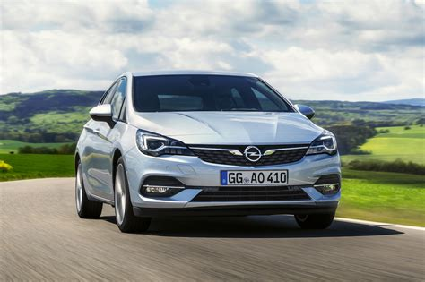 Opel Astra Facelift by Opel Facelift De Astra Dit Is Er Anders Autoblog Nl