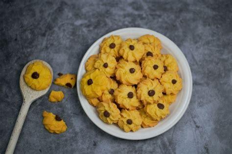 Cukup menyiapkan terigu dan bahan lainnya, kue kering. Spesial untuk Kado Hari Ibu, Resep Kue Semprit 3 Bahan Tanpa Oven