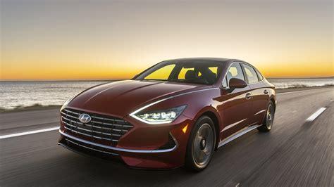 Hyundai Sets Prices for 54 MPG Sonata Hybrid | MotorWeek