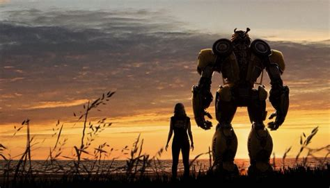 New 'bumblebee' Image Introduces Decepticons Shatter And