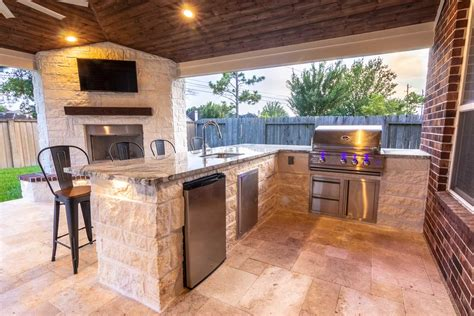 designing  outdoor kitchen   perfection hhi patio covers