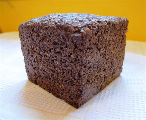 pumpernickel bread real german pumpernickel bread thebreadshebakes com