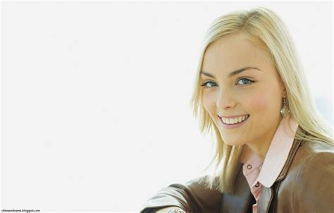 Blonde Wallpaper Desktop Wallpapersafari
