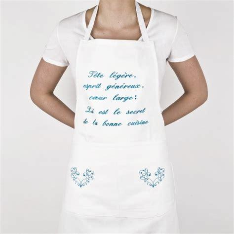 tablier de cuisine femme original un tablier de cuisine modèles originales archzine fr