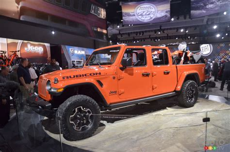 los angeles  jeep gladiator  big reveal car