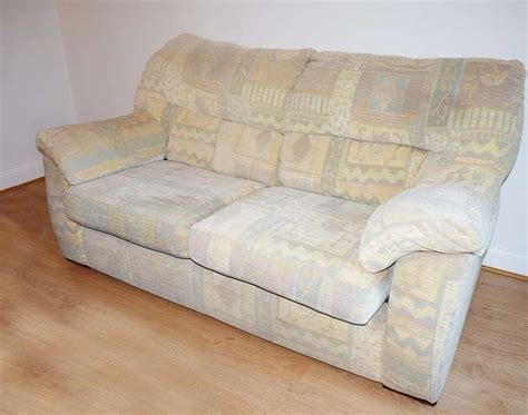 Comfortable Settee by Freelywheely Comfortable 2 Seater Sofa Settee