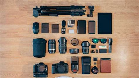 essential accessories   photographers kit