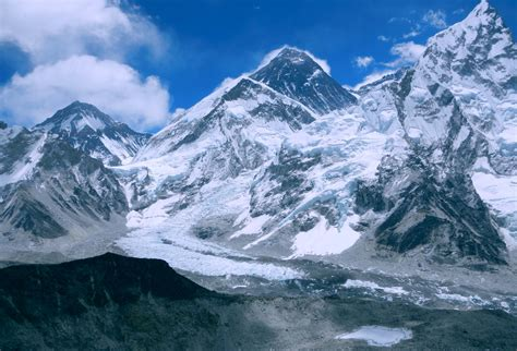 Huge Mountain Wallpaper